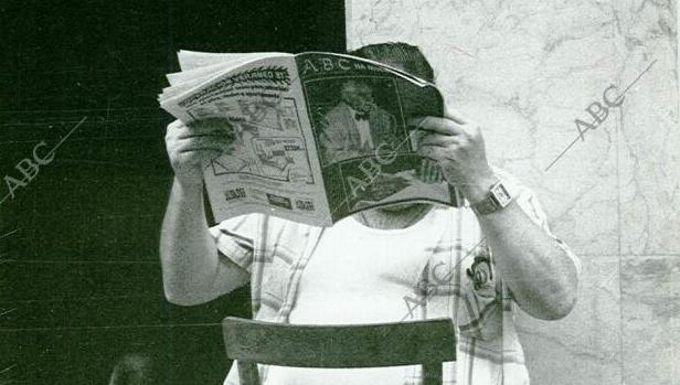 Leyendo el ABC de Sevilla
